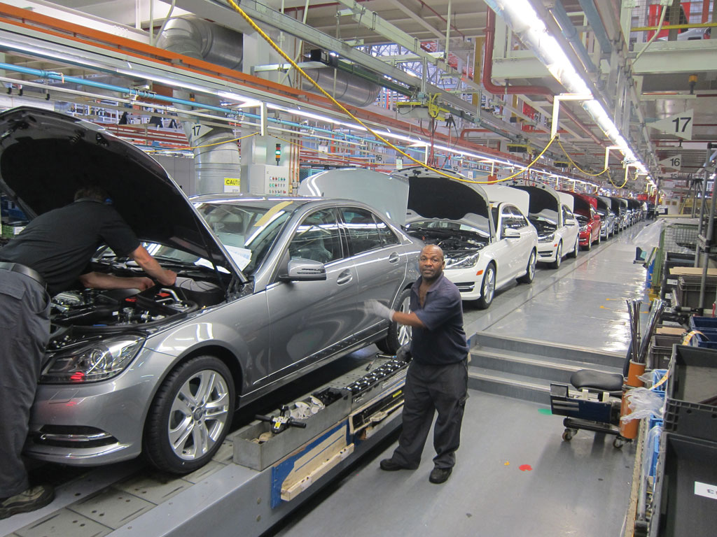 Mercedes benz to invest 302 million in south african car for Mercedes benz south africa