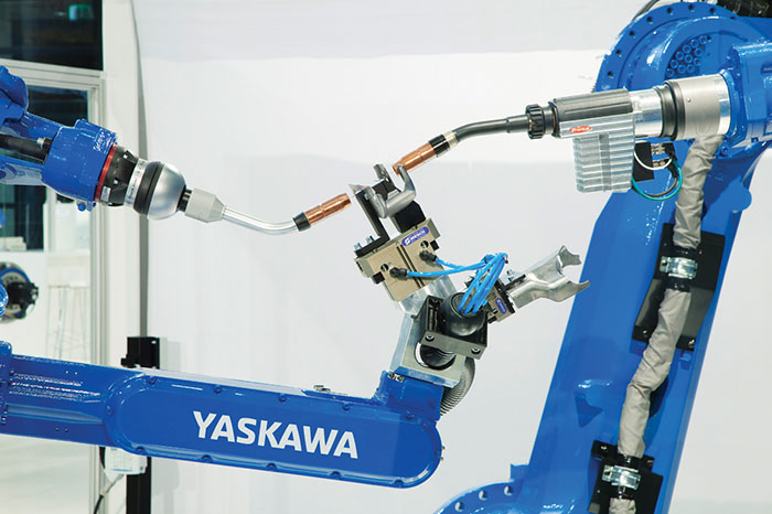 Prod-Rev-Yaskawa_MG_Multi-Arc-Robot-Cell_Detail_web