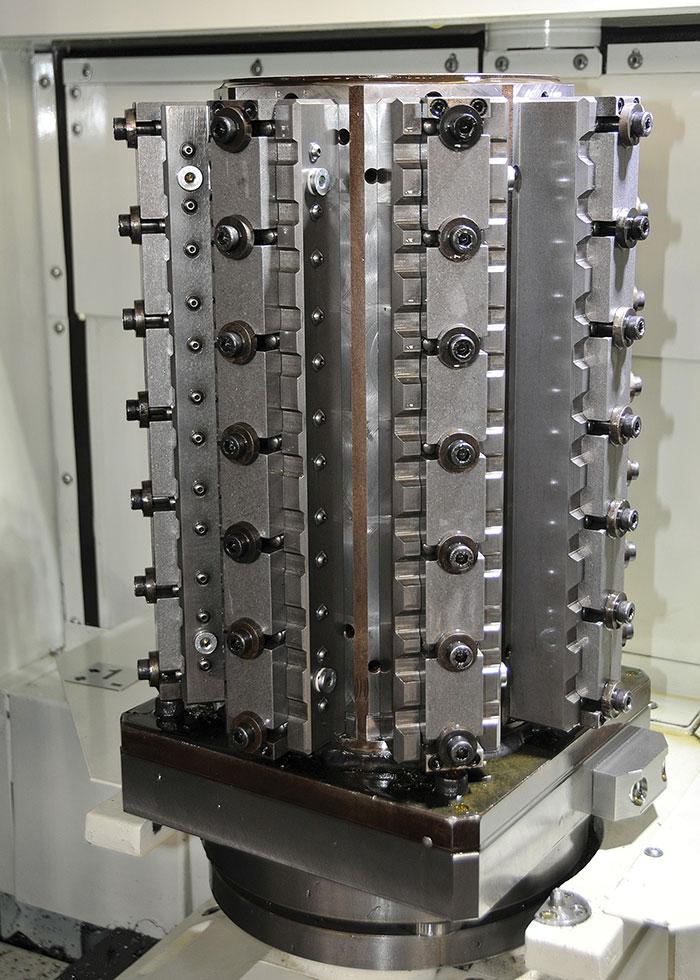 shopfront-tiagen-1